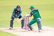 Picture by Allan McKenzie/SWpix.com - 19/05/2019 - Sport - Cricket - 5th Royal London One Day International - England v Pakistan - Emerald Headingley Cricket Ground, Leeds, England - Pakistan's Sarfaraz Ahmed hits out against England.