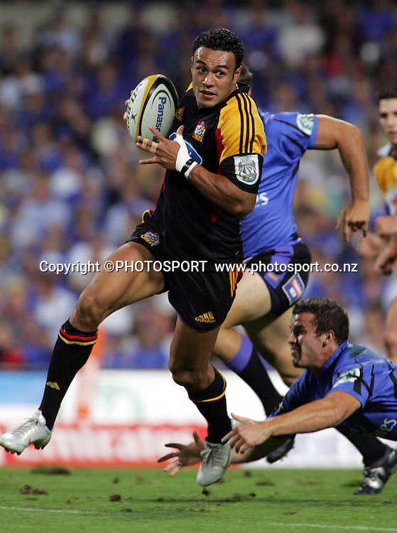 #14 Sosene Anesi during the 2006 Super 14 rugby union match between the Western Force and the Chiefs at Subiaco Oval, Perth, Western Australia, on Friday 24 February, 2006. Final score was Force - 9, Chiefs - 26.  Photo: Christian Sprogoe/PHOTOSPORT