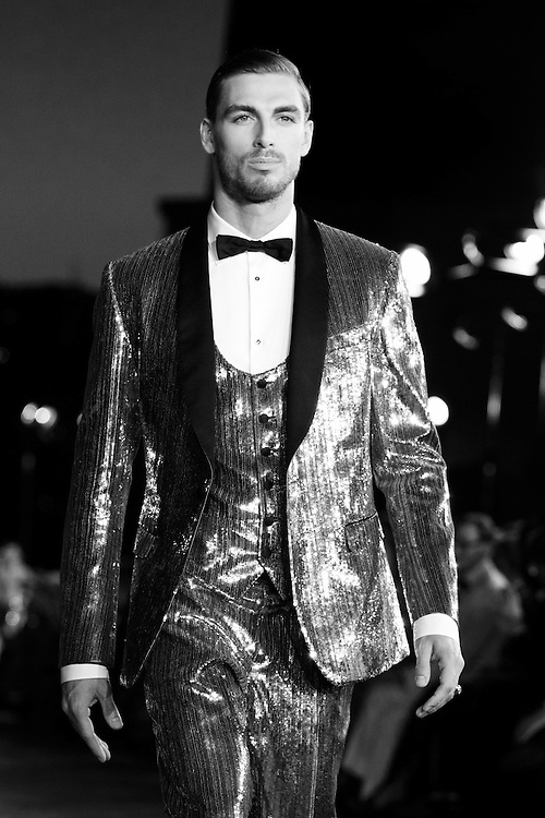 Alta Sartoria, Dolce & Gabbana, Dolce and Gabbana, Editorial, Fashion Photography, GQ, Haute Couture, Laura Venigalla, Mensfashion, Mensstyle, Männermode, Vogue Homme, D&G,  Backstage, PFW, MFW, NYFW