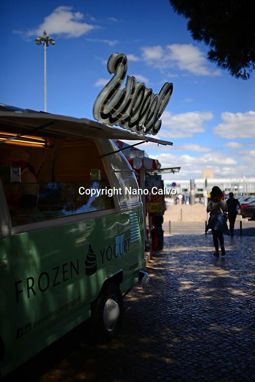 Weeel frozen yogurt car in Belem, Lisbon