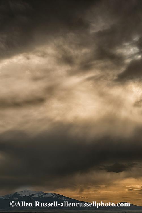 Big Hole Valley, Beaverhead Mountains, Wisdom, Montana, sunset, storm clouds