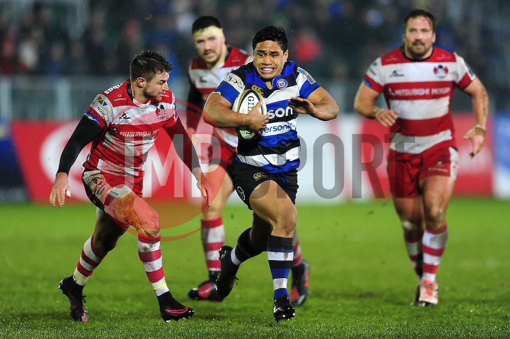 Ben Tapuai of Bath Rugby goes on the attack - Mandatory byline: Patrick Khachfe/JMP - 07966 386802 - 27/01/2017 - RUGBY UNION - The Recreation Ground - Bath, England - Bath Rugby v Gloucester Rugby - Anglo-Welsh Cup.