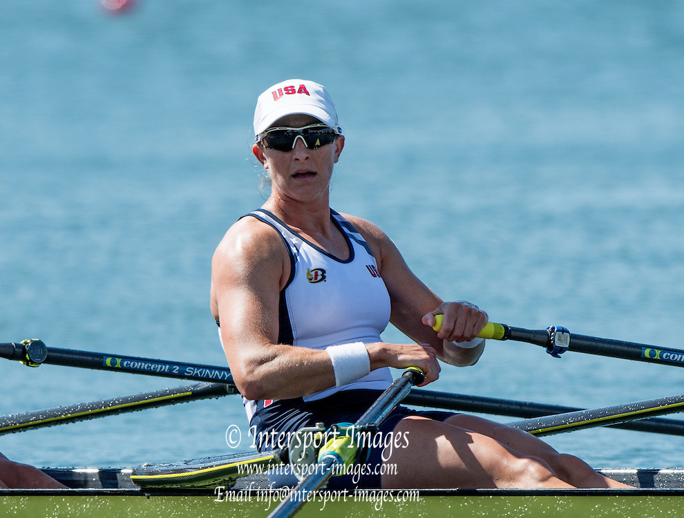 Rio de Janeiro. BRAZIL.  USA W2X. Meghan<br /> O'LEARY and Ellen TOMEK, . 2016 Olympic Rowing Regatta. Lagoa Stadium,<br /> Copacabana,  &ldquo;Olympic Summer Games&rdquo;<br /> Rodrigo de Freitas Lagoon, Lagoa. Local Time 11:17:04  Thursday  11/08/2016 <br /> [Mandatory Credit; Peter SPURRIER/Intersport Images]