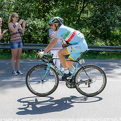 08-05-2016: Wielrennen: Giro: Arnhem<br />ARNHEM (NED) wielrennen<br />De tweede etappe van de voerde het peloton door de over Betuwe en de Liemers. Vicenzo Nibali