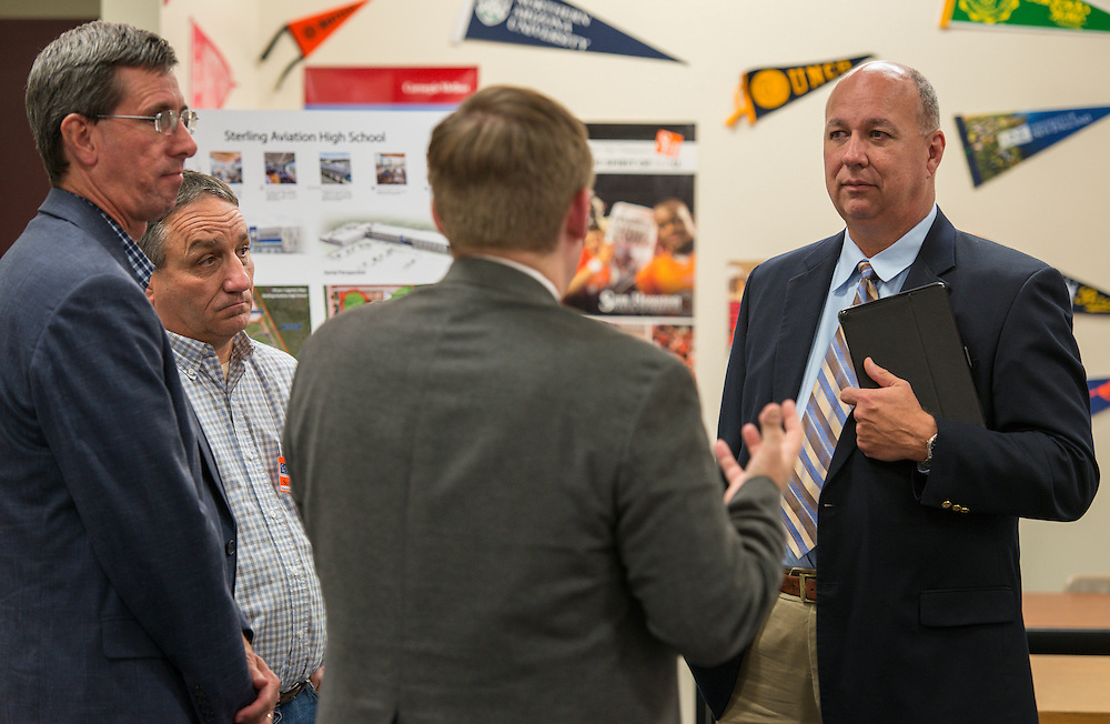 Houston ISD staff, architects and contractors discuss the construction plan for Sterling High School at a community meeting, November 18, 2014.