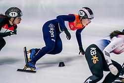 06-10-2017 NED: ISU Shorttrack WC2017, Dordrecht<br /> 1000m / Lara van Ruijven kwalificeert zich voor de kwartfinales