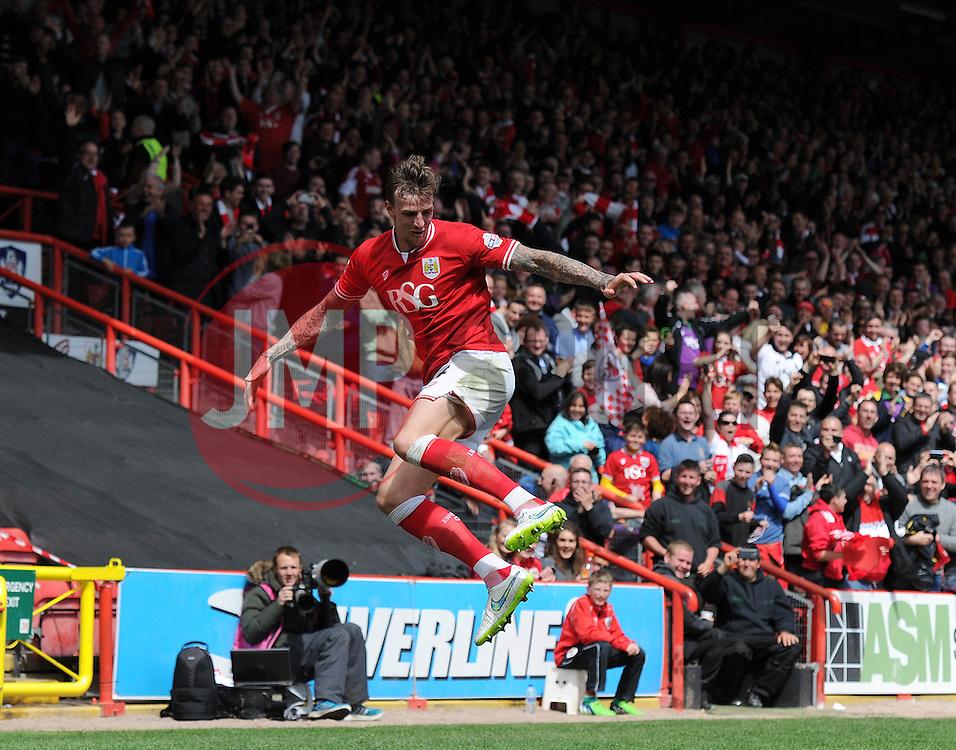 Bristol City's Aden Flint celebrates his goal - Photo mandatory by-line: Dougie Allward/JMP - Mobile: 07966 386802 - 03/05/2015 - SPORT - Football - Bristol - Ashton Gate - Bristol City v Walsall - Sky Bet League One