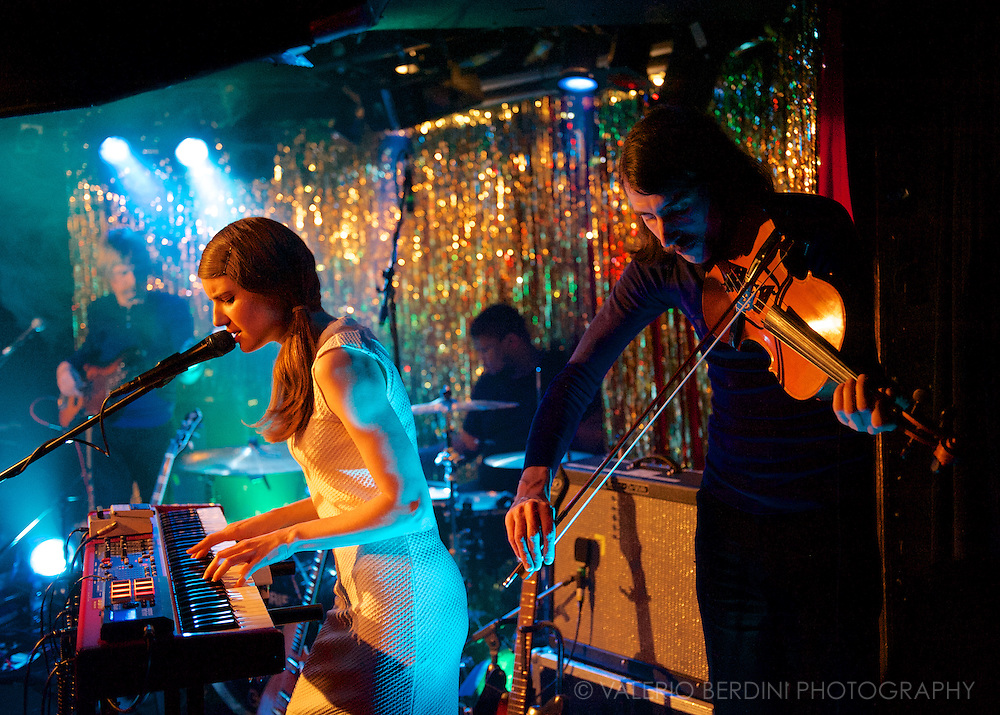 Smoke Fairies live at Madame Jojo's in London on 7 April 2014 showcasing her self titled third album