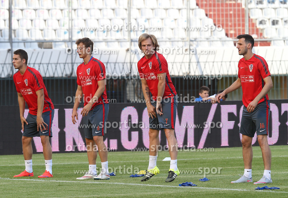 11.06.2015, Stadion Poljud, Split, CRO, UEFA Euro 2016 Qualifikation, Kroatien vs Italien, Gruppe H, Training Kroatien, im Bild Ivan Rakitic, Nikola Kalinic // during trainig of Team Croatia prior to the UEFA EURO 2016 qualifier group H match between Croatia and and Italy at the Stadion Poljud in Split, Croatia on 2015/06/11. EXPA Pictures &copy; 2015, PhotoCredit: EXPA/ Pixsell/ Ivo Cagalj<br /> <br /> *****ATTENTION - for AUT, SLO, SUI, SWE, ITA, FRA only*****