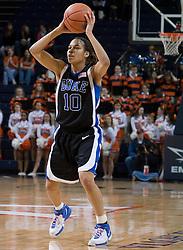 Duke Blue Devils Guard Lindsey Harding (10)in action against UVA.  The University of Virginia Cavaliers lost to the #1 ranked Duke University Blue Devils 76-61 at the John Paul Jones Arena in Charlottesville, VA on February 2, 2007.