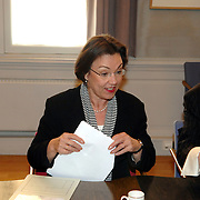 NLD/Den Haag/20070412 - Visit of Mr. Hans-Gert Pöttering, president of the European parliament to The Hague, Mrs.Gerti Verbeet, president of the House of Representatives of States Gerneral..NLD/Den Haag/20070412 - President Europees Parlement Hans-Gert Pöttering bezoekt Den Haag, ontmoeting met de voorzitter van de 2de Kamer, Mw. Gerdi Verbeet.  ** foto + verplichte naamsvermelding Brunopress/Edwin Janssen  **
