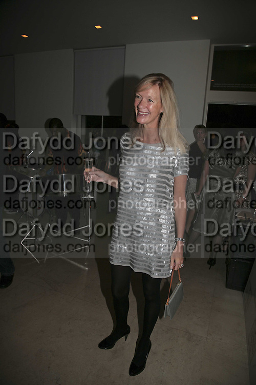 Emma Gibbs, India Hicks And Crabtree & Evelyn launch new skincare range. : Hempel Hotel, 31-35 Craven Hill Gardens, London, W2, 22 November 2006. ONE TIME USE ONLY - DO NOT ARCHIVE  © Copyright Photograph by Dafydd Jones 66 Stockwell Park Rd. London SW9 0DA Tel 020 7733 0108 www.dafjones.com