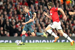 01.04.2014, Old Trafford, Manchester, ENG, UEFA CL, Manchester United vs FC Bayern Muenchen, Viertelfinale, Hinspiel, im Bild l-r: im Zweikampf, Aktion, mit Franck Ribery #7 (FC Bayern Muenchen) und Michael Carrick #16 (Manchester United) // during the UEFA Champions League Round of 8, 1nd Leg match between Manchester United and FC Bayern Muenchen at the Old Trafford in Manchester, Great Britain on 2014/04/01. EXPA Pictures © 2014, PhotoCredit: EXPA/ Eibner-Pressefoto/ Kolbert<br /> <br /> *****ATTENTION - OUT of GER*****