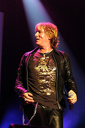 Def Leppard play thier home town of Sheffield at the Hallam FM Arena one of only two UK dates - Joe Elliott.17 June 2006.Copyright Paul David Drabble