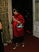 Susie Menkes, The Moet and Chandon Fashion Tribute 2006 Honouring British Photographer Nick Knight. Strawberry Hill House. Twickenham. 24 October 2006. -DO NOT ARCHIVE-© Copyright Photograph by Dafydd Jones 66 Stockwell Park Rd. London SW9 0DA Tel 020 7733 0108 www.dafjones.com