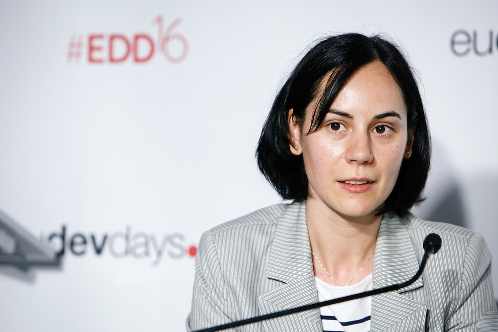 20160616 - Brussels , Belgium - 2016 June 16th - European Development Days - Shared responsibility for global value chains - Catalina Pislaru , Project Manager , CSR Europe - Moderator © European Union