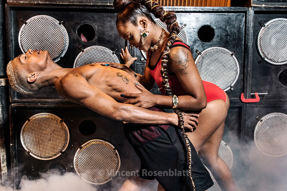 Funk Jazz dancer Thainá Santos & B-boy Leandro Skillo are also a real life couple. Baile Funk essay for C&A Brazil and their NBA collection, shot in Madureira, North Zone of Rio de Janeiro.