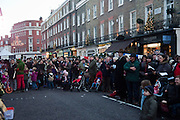 Belgravia Christmas Sunday. Elizabeth Street, Motcomb Street and Pimlico Rd. various Christmas activities. Father Christmas will also visited each street on his sleigh pulled by his reindeer. London. 6 December 2009<br />  <br />  *** Local Caption *** -DO NOT ARCHIVE-&copy; Copyright Photograph by Dafydd Jones. 248 Clapham Rd. London SW9 0PZ. Tel 0207 820 0771. www.dafjones.com.<br /> Belgravia Christmas Sunday. Elizabeth Street, Motcomb Street and Pimlico Rd. various Christmas activities. Father Christmas will also visited each street on his sleigh pulled by his reindeer. London. 6 December 2009
