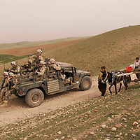 ERBIL, NORTHERN IRAQ - April 01:  Para troopers of the 173rd Airborne Brigade are deployed to the frontline towards Mossul and Kirkuk near Erbil in Northern Kurdistan.  A move towards the south is imminent.<br />