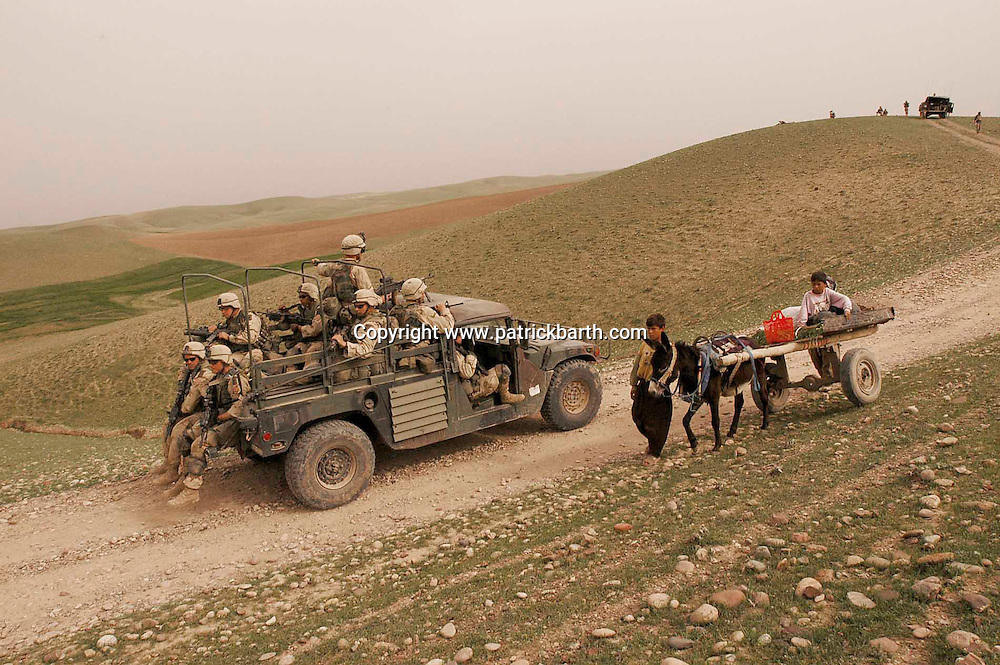 ERBIL, NORTHERN IRAQ - April 01:  Para troopers of the 173rd Airborne Brigade are deployed to the frontline towards Mossul and Kirkuk near Erbil in Northern Kurdistan.  A move towards the south is imminent.<br /> (Photo Patrick Barth/Getty Images)