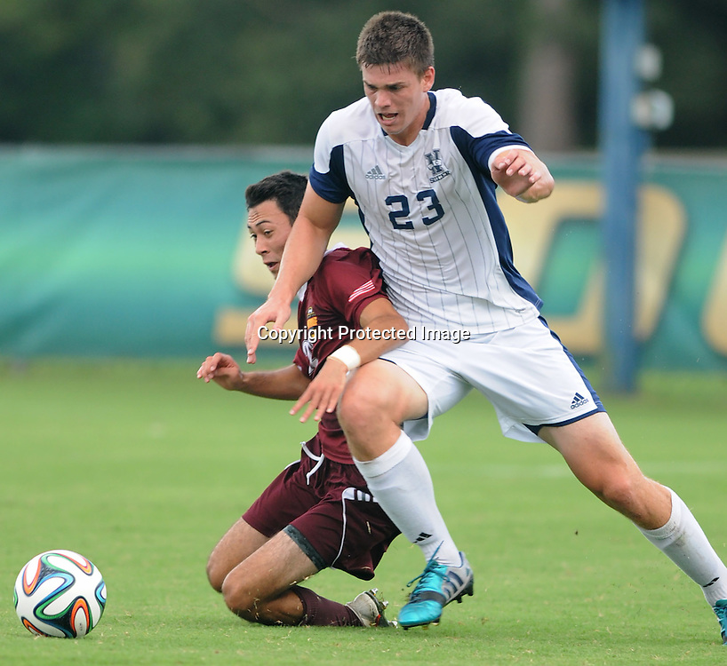 UNCW's Colin Bonner collides with Winthrop's Zack Smythe. (Jason A. Frizzelle)
