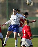 Fotball<br /> La Manga - Spania<br /> 18.02.2005<br /> Landskamp U21 Norge v Frankrike 1-1<br /> Foto: Morten Olsen, Digitalsport<br /> <br /> Nora Holstad Berge - Larvik<br /> Julia Dany - Frankrike