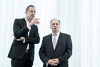 14 JUN 2018, BERLIN/GERMANY:<br /> Matthias Doepfner (L), Vorstandsvorsitzender Axel Springer SE und Praesident Bundesverband Deutscher Zeitungsverleger, und Dr. Reiner Haseloff (R), CDU, Ministerpraesident Sachsen-Anhalt, Pressekonferenz zur Reform des Telemedienauftrags der oeffentlich-rechtlichen Rundfunkanstalten, Landesvertretung Rheinland.-Pfalz<br /> IMAGE: 20180614-01-002<br /> KEYWORDS: Andrea B&auml;hner, Matthias D&ouml;pfner