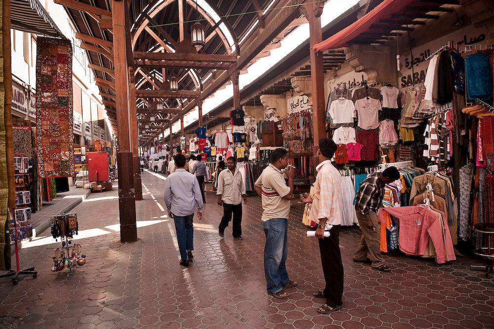 The Bur Dubai souk near the Bastakiya, Dubai, UAE Archive of images of Dubai by Dubai photographer Siddharth Siva