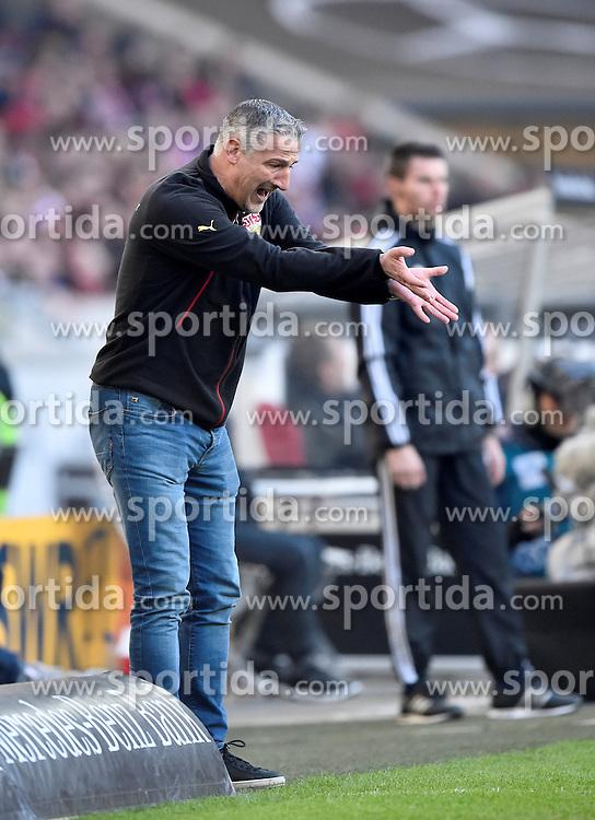 27.02.2016, Mercedes Benz Arena, Stuttgart, GER, 1. FBL, VfB Stuttgart vs Hannover 96, 23. Runde, im Bild Trainer Coach Juergen Kramny VfB Stuttgart am Spielfeldrand // during the German Bundesliga 23th round match between VfB Stuttgart and Hannover 96 at the Mercedes Benz Arena in Stuttgart, Germany on 2016/02/27. EXPA Pictures &copy; 2016, PhotoCredit: EXPA/ Eibner-Pressefoto/ Weber<br /> <br /> *****ATTENTION - OUT of GER*****