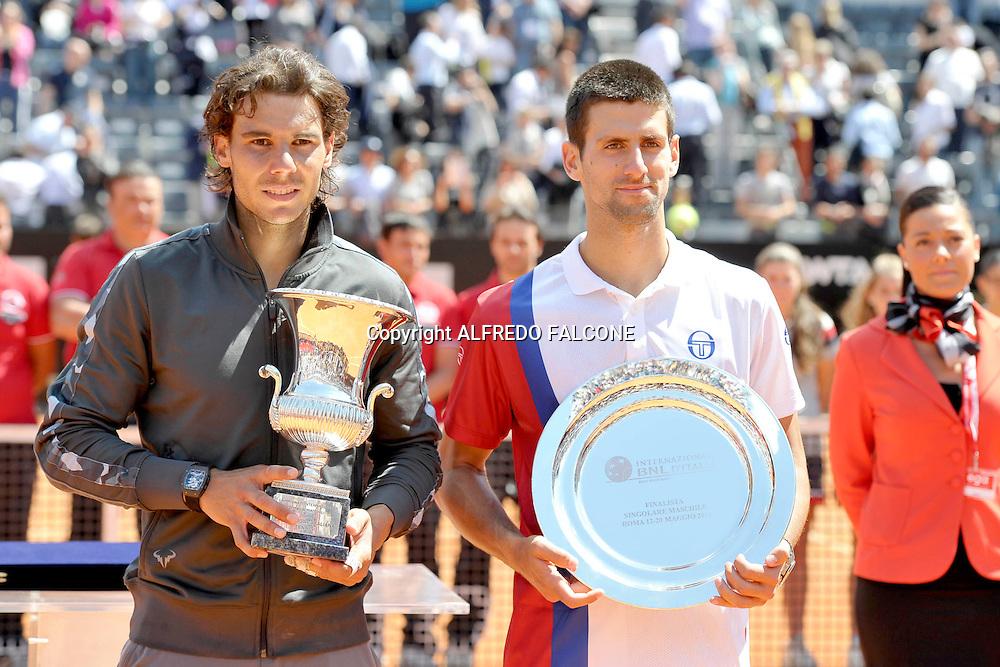 Foto Alfredo Falcone - LaPresse<br /> 21/05/2012 Roma ( Italia)<br /> Sport Tennis<br /> Novak Djocovic (SRB) - Rafael Nadal (ESP)<br /> Internazionali BNL d'Italia 2012<br /> Nella foto:Rafael Nadal e Novak Djocovic<br /> Novak Djocovic (SRB) - Rafael Nadal (ESP)<br /> Photo Alfredo Falcone - LaPresse<br /> 21/05/2012 Roma (Italy)<br /> Sport Tennis<br /> Internazionali BNL d'Italia 2012<br /> In the pic:Rafael Nadal and Novak Djocovic