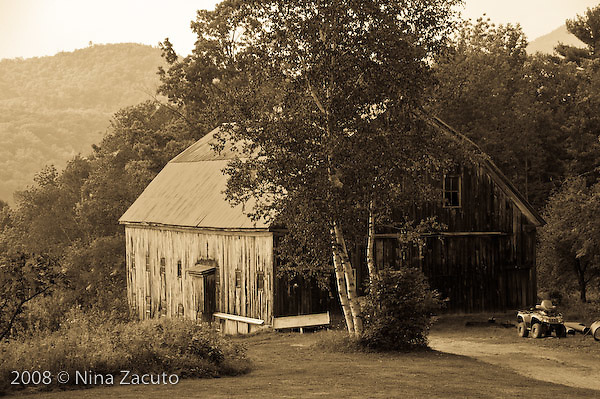 Weathered barn in monotone.