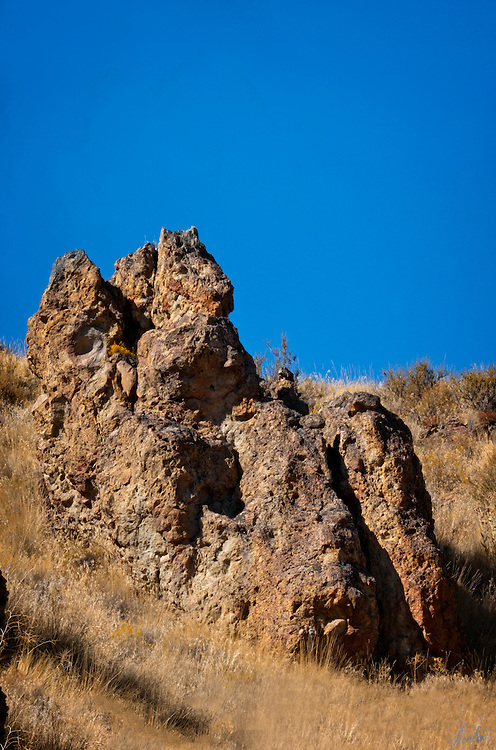 A natural rock formation in the John Day wilderness in eastern Oregon that resemble a rabbit on a throne.