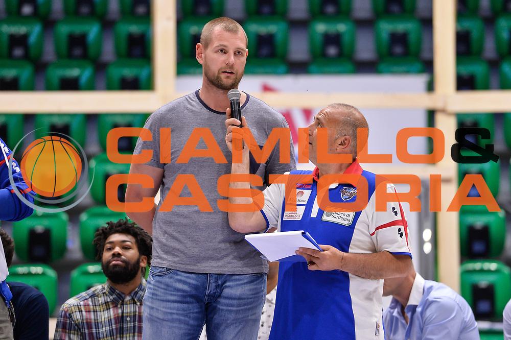 Tautvydas Lydeka<br /> Saluti Finali Banco di Sardegna Dinamo Sassari<br /> Legabasket Serie A LBA Poste Mobile 2016/2017<br /> Sassari 18/05/2017<br /> Foto Ciamillo-Castoria