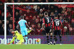Goal, Dimitri Payet of West Ham United scores the equaliser, Bournemouth 1-1 West Ham United - Mandatory by-line: Jason Brown/JMP - Mobile 07966 386802 12/01/2016 - SPORT - FOOTBALL - Bournemouth, Vitality Stadium - AFC Bournemouth v West Ham United - Barclays Premier League