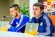 ALKMAAR - 19-10-2016, training persconferentie Maccabi Tel Aviv, AFAS Stadion, Maccabi Tel Aviv Haris Medunjanin, Maccabi Tel Aviv trainer Shota Arveladze