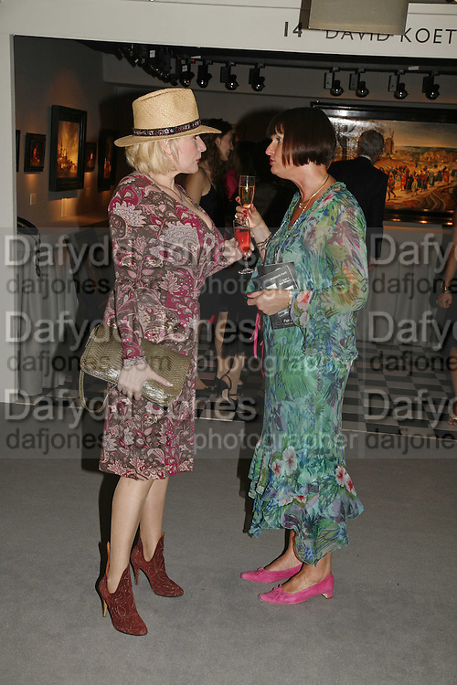 Faith Brown and Sheena Wiffen, Gala champagne reception and dinner in aid of CLIC Sargent.  Grosvenor House Art and Antiques Fair.  Grosvenor House. Park Lane. London. 15  June 2006. ONE TIME USE ONLY - DO NOT ARCHIVE  © Copyright Photograph by Dafydd Jones 66 Stockwell Park Rd. London SW9 0DA Tel 020 7733 0108 www.dafjones.com