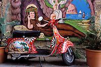 Italie. Sicile. Palerme. Atelier de l'artiste Franco Bertolino, peintre de charettes siciliennes. Avec autorisation. // Workshop Franco Bertolino, artist painter of traditional sicilian cart. Palerme (palermo). Sicily. Italy. MR available