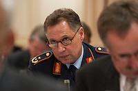 29 MAR 2004, BERLIN/GERMANY:<br /> Aarne Kreuzinger-Janik, Generalmajor 3. Luftwaffendivision, Berlin Gatow, Berliner Agenda, Hotel Palace<br /> IMAGE: 20040329-01-123