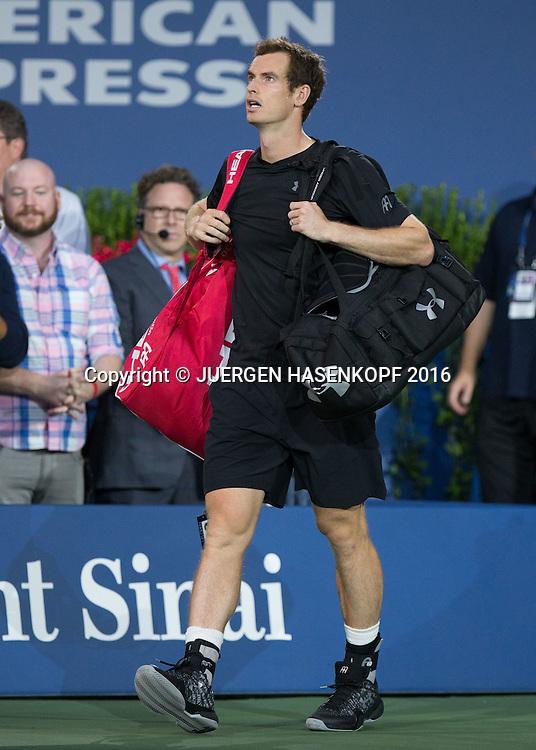 ANDY MURRAY (GBR) betritt den Centre Court,<br /> <br /> Tennis - US Open 2016 - Grand Slam ITF / ATP / WTA -  USTA Billie Jean King National Tennis Center - New York - New York - USA  - 5 September 2016.
