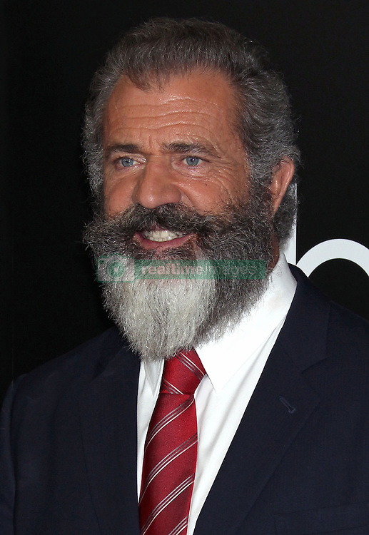 Mel Gibson, The 20th Annual Hollywood Film Awards at the Beverly Hilton Hotel (Beverly Hills, CA.)