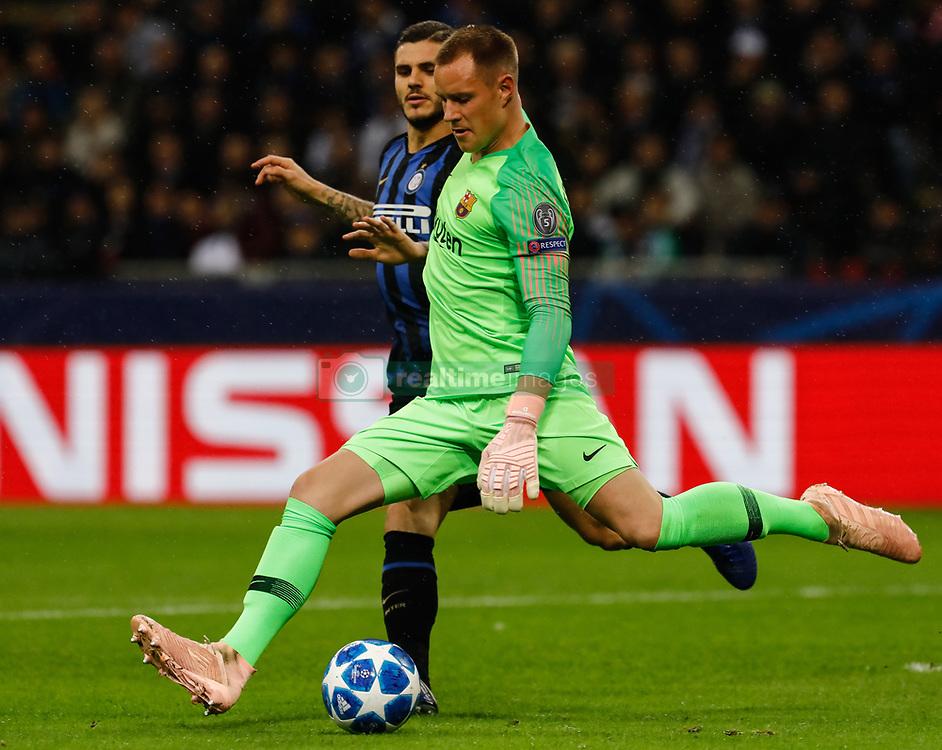 صور مباراة : إنتر ميلان - برشلونة 1-1 ( 06-11-2018 )  20181106-zaa-n230-755