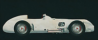 The Mercedes-Benz W 196 R designed for the 1954 season met all the demands of the new Grand Prix formula decreed by the sport's governing body, the CSI (Commission Sportive Internationale): a capacity of 750 cc with or 2500 cc without supercharger, free choice of gas mixture, a racing distance of 300 kilometres or a minimum of three hours. The streamlined version was completed first because the Reims race kicking off the season permitted very high speeds. After that there was also a version with exposed wheels.<br />