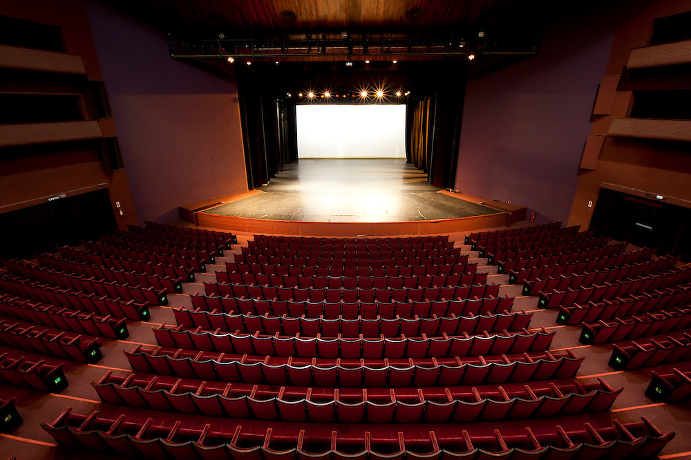 Curitiba_PR, Brasil...Teatro Guaiba em Curitiba, Parana...Guaiba theater in Curitiba, Parana...Foto: BRUNO MAGALHAES / NITRO
