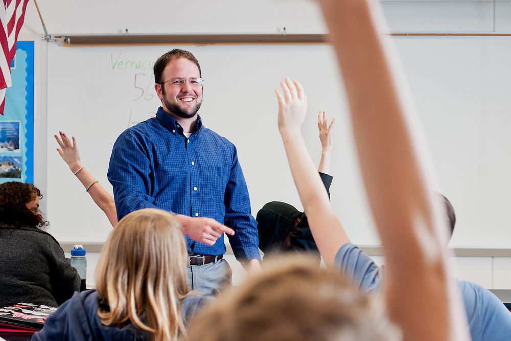 Noah Strauss teaches a class at Logan Middle School. Photo by: Ross Brinkerhoff. Noah Straus Patton College of Education Logan Middle School