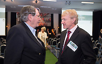 AMSTERDAM - Nationaal Golf Congres & Beurs 2015. NVG. Henk Heijster met Tinus Vernooij. FOTO KOEN SUYK