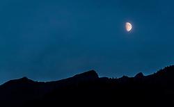 THEMENBILD - der Mond steht über den Bergen der Hohen Tauern, aufgenommen am 11. September 2016 in Kaprun, Österreich // the moon is over the mountains of the Hohe Tauern, Kaprun, Austria on 2016/09/11. EXPA Pictures © 2016, PhotoCredit: EXPA/ JFK