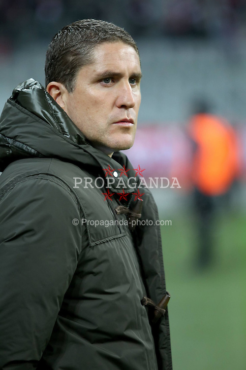 22.11.2011, Allianz Arena, Muenchen, UEFA CL, Gruppe A, GER, FC Bayern Muenchen (GER) vs FC Villarreal (ESP), im Bild Juan Carlos Garrido (Coach Villarreal) //during the football match of UEFA Champions league, group a, between  FC Bayern Muenchen (GER)  vs.  FC Villarreal  (ESP) Gruppe A, on 2011/11/22 at Allianz Arena, Munich, Germany. EXPA Pictures © 2011, PhotoCredit: EXPA/ nph/ Straubmeier..***** ATTENTION - OUT OF GER, CRO *****
