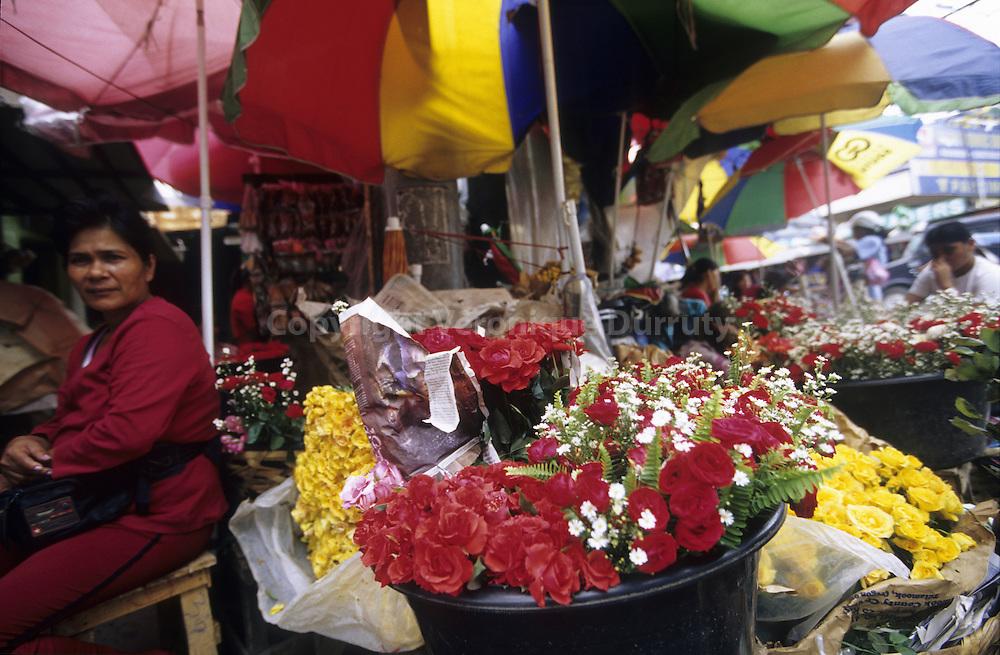 FLOWER MARKET, MANILA, LUZON ISLAND, THE PHILIPPINES