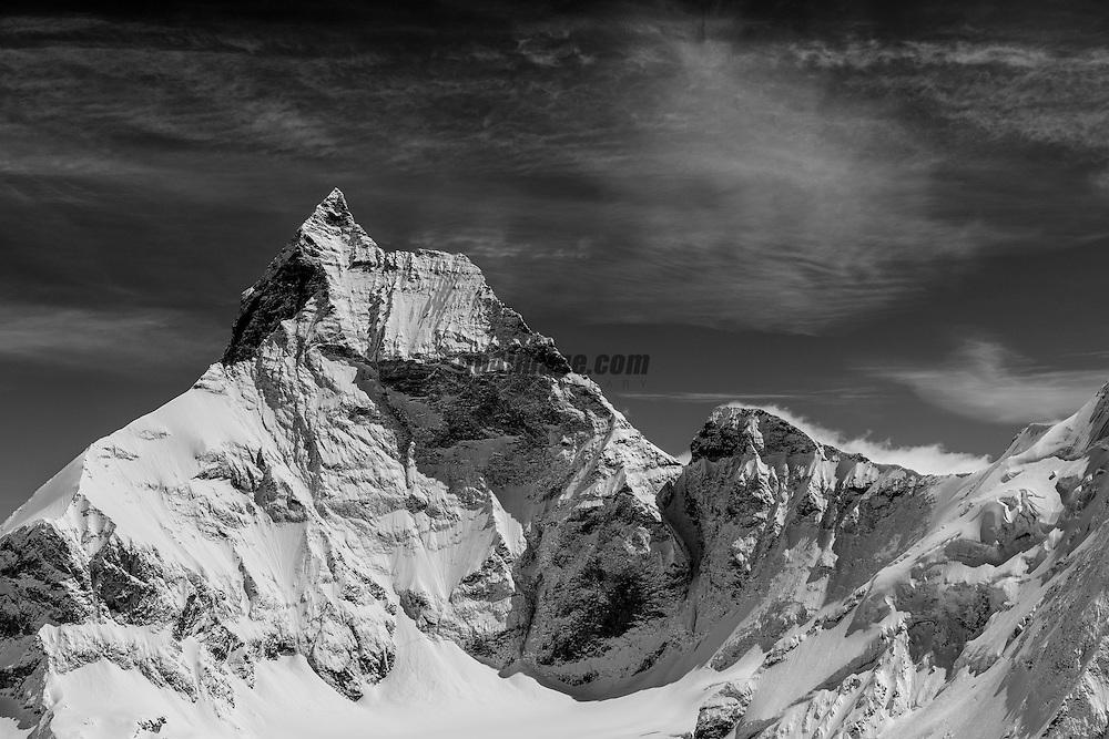 Patrouille des Glacier 2012, 17 April 2012.Aufbau Streckenposten Stöcki auf 3135 müM..Der Stöcki Posten ist befindet sich auf dem Weg von Zermatt nach Tete Blanche.