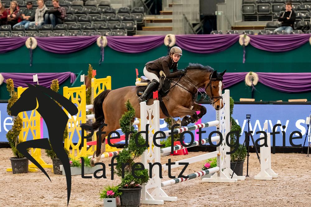 HÄSLER Teresa (GER), Quenn<br /> Leipzig - Partner Pferd 2019<br /> SPOOKS-Amateur Trophy<br /> Medium Tour<br /> 17. Januar 2019<br /> © www.sportfotos-lafrentz.de/Stefan Lafrentz
